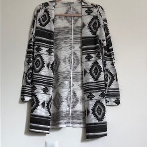 Black and white print cardigan